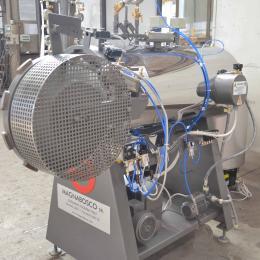 Laboratory autoclaves