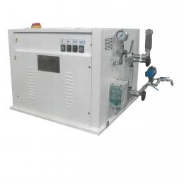 Electric steam generator with automatic discharge